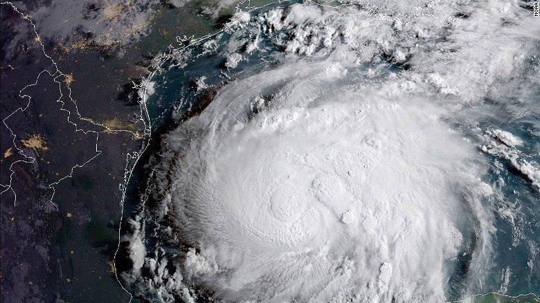 ¿Cómo prepararse para un huracán? Estas recomendaciones podrían salvarte la vida https://t.co/n6Llj1ysY3 https://t.co/b4Zg8lRzWE