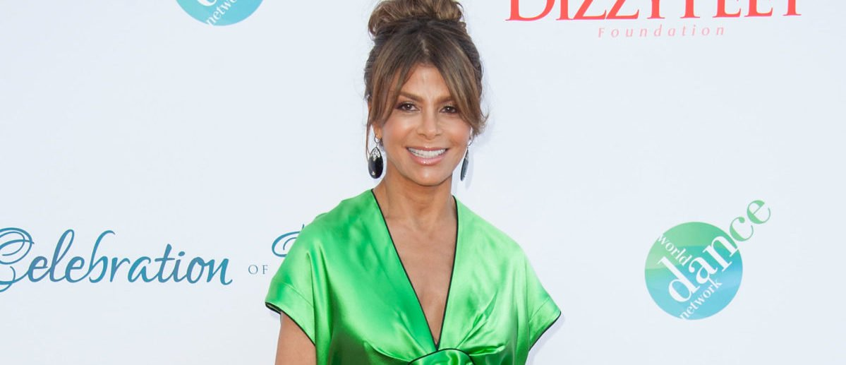 Watch The Terrifying Moment Paula Abdul Fell Head-First Onstage This Weekend [VIDEO] https://t.co/c0VyseS3Cd https://t.co/zGrQ65qSF3