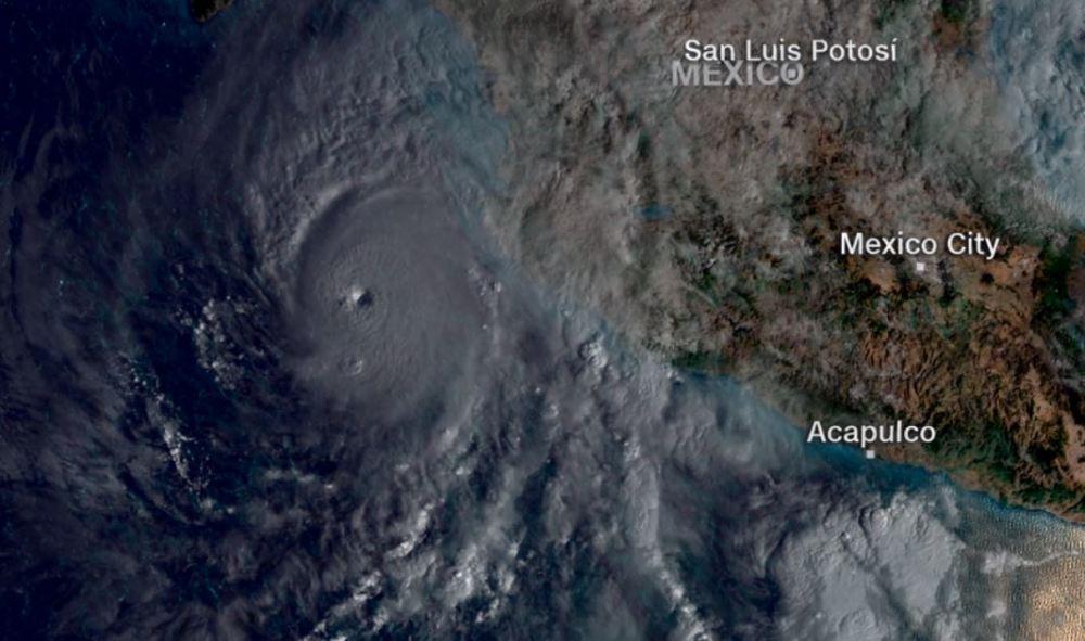 El huracán Willa se degrada a categoría 4 frente a las costas del Pacífico https://t.co/Q3qtxpspWU