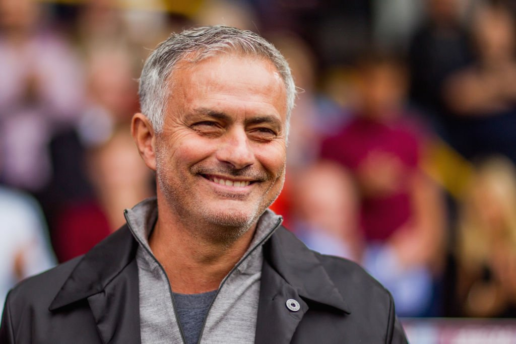 Going nowhere? Jose Mourinho wants to see out his Man Utd contract after being linked with a return to Real Madrid. Read more: bbc.in/2CBnw14