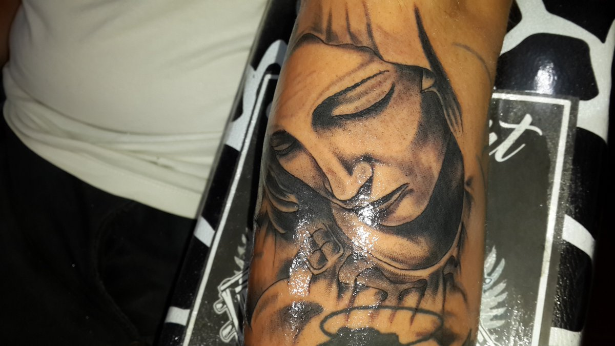 Virgen Maria... #tattoorosario #willyluna #willylunatattoo ...