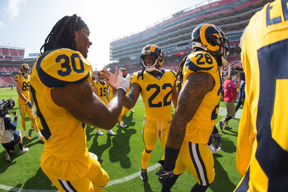 Monday mood after 3 TDs for my boyyy @TG3II 😤