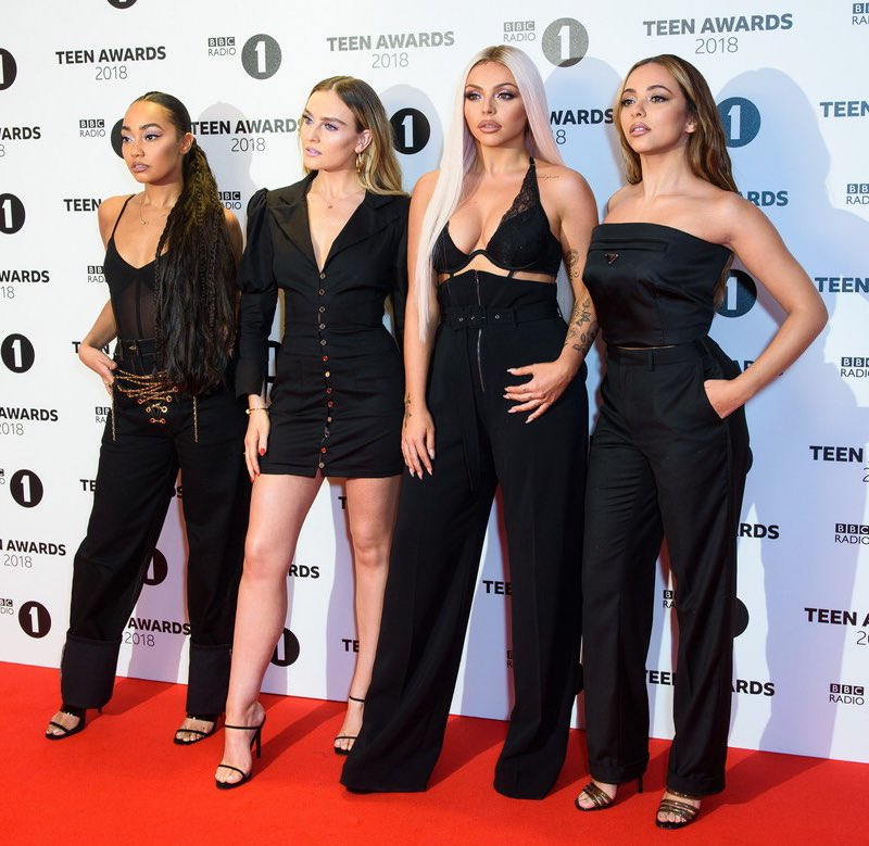 Here's another one from Radio 1's #TeenAwards because I think we look lovely and beautiful. And d'you know what women? It's okay to think you look lovely and beautiful and to say it out loud!  Jade x