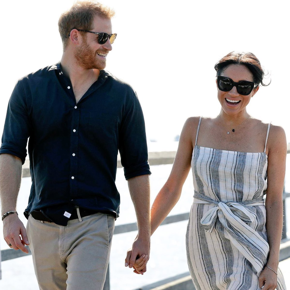 A busy #RoyalTour day ahead! Taking off for Suva, Fiji, shortly where the Duke & Duchess will: - Have an arrival moment at Nausori Airport - Call on  - R@PresidentFijieceive an official welcome at Albert Park - Arrive at  - A@Grand_Pac_Hotelttend a state dinner hosted by @FijiPM