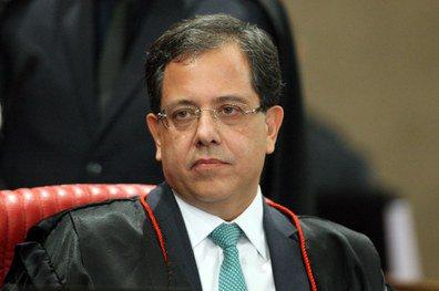 Ministro do TSE determina que UNE remova postagens contra Bolsonaro #bolsonaro #UNE #otempo https://t.co/ezM7zF7Eln