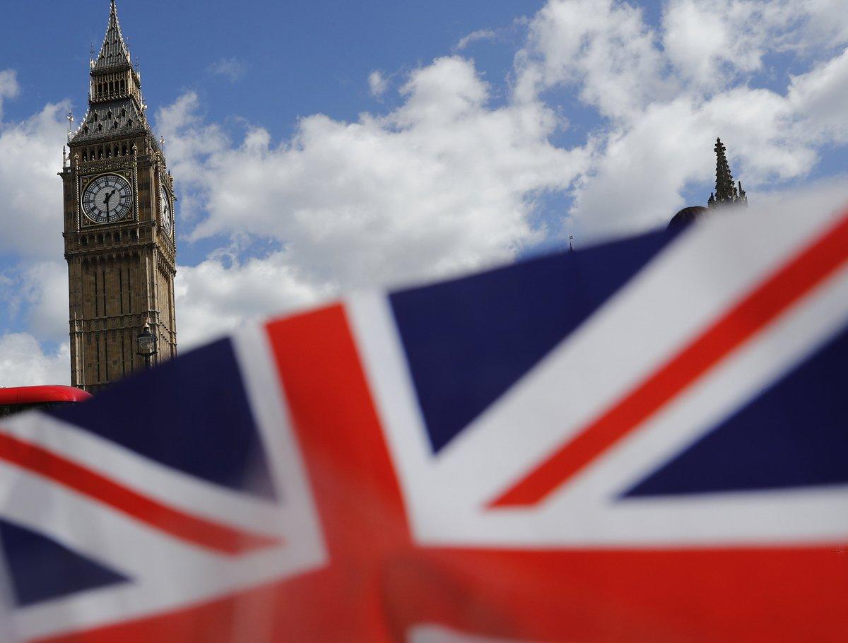 Власти Британии заявили об отсутствии доказательств «вмешательства» России https://t.co/hjiDEXjeBF