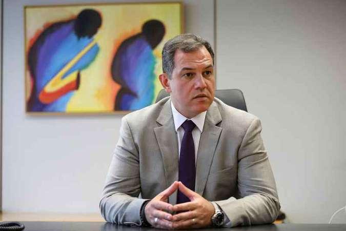 'Trabalho belíssimo', diz coordenador de Conselho contra fake news #eleições2018 #fakenews https://t.co/DFn0E72hpM