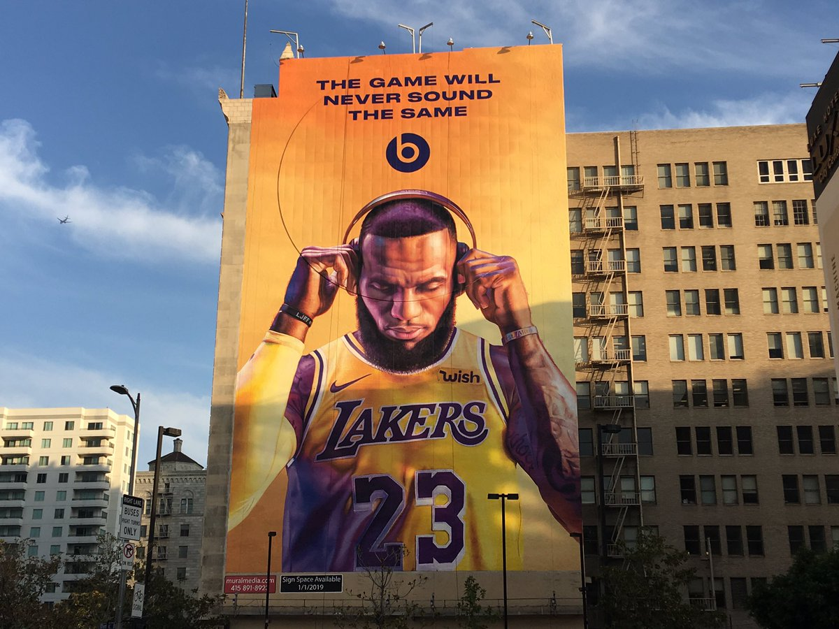 """Gregg Popovich: """"It was horrifying seeing LeBron's big picture out of my hotel room. I had to look at this guy putting his headphones on last night and all day today. I was scared to look outside my window."""""""