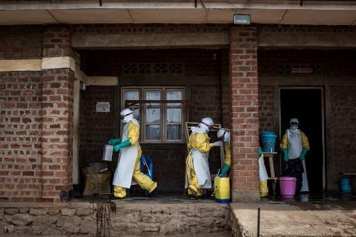Depuis début août, l'épidémie du virus Ebola qui a fait au moins 135 morts  en République démocratique du Congo. Comment les épidémies récentes nous amènent-elles à interroger celles du passé ?  https://t.co/QbWVf1Q42k