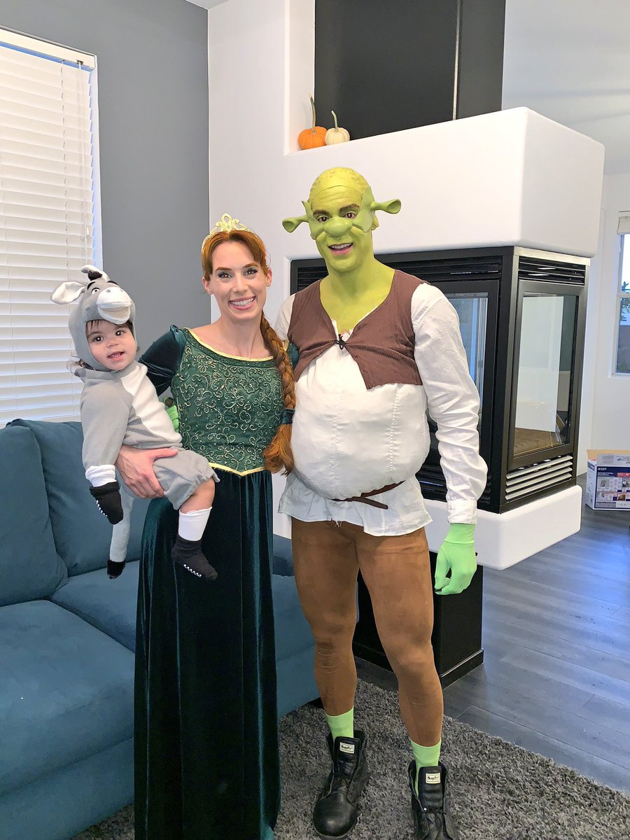 Pierre E Bellemare On Twitter First Family Halloween Donkey Did Stay In Costume For A Respectable 10 Min Happyhalloween Halloween2018