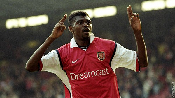 On this day in 1999, Kanu scored a hat-trick in the last 15 minutes as Arsenal came from 2-0 down to beat Chelsea 3-2 at Stamford Bridge.  Report: https://t.co/FIYPW3jHuI