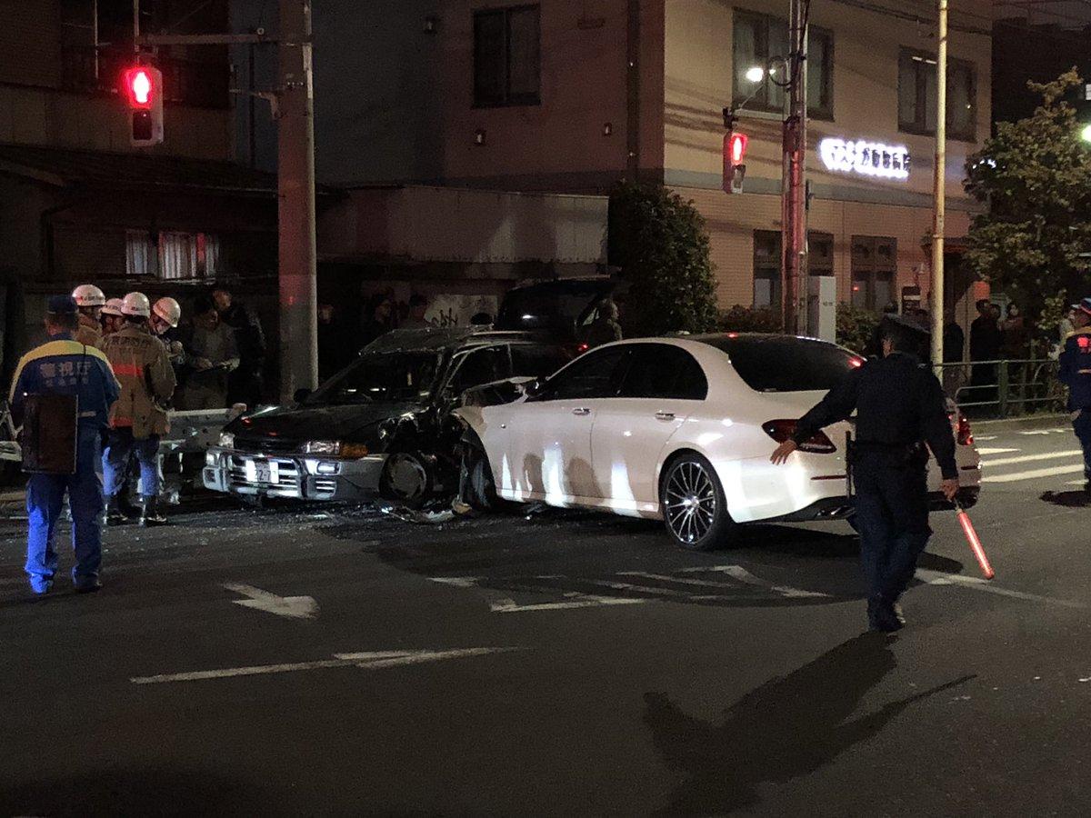 浜田山の井の頭通りで交通事故の現場画像