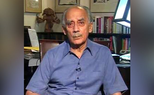 'Here we are getting a glimpse of what is happening in the CBI. This gives a glimpse of corruption. May be that's how other things also happen ': former Union Minister Arun Shourie to NDTV  Watch LIVEhttps://t.co/hMlRpgrUU6:  and NDTV 24x7
