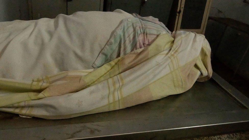 Esta es la morgue de Venezuela en la que estallan cadáveres por falta de luz (Vía @bbcmundo) ► https://t.co/Lr9e0abBoY