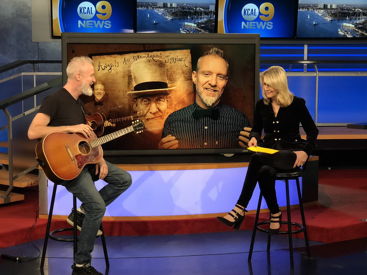 90s fans look who is in the kcal9 studio with the lead singer chris barron  has 2519bdc073bf8