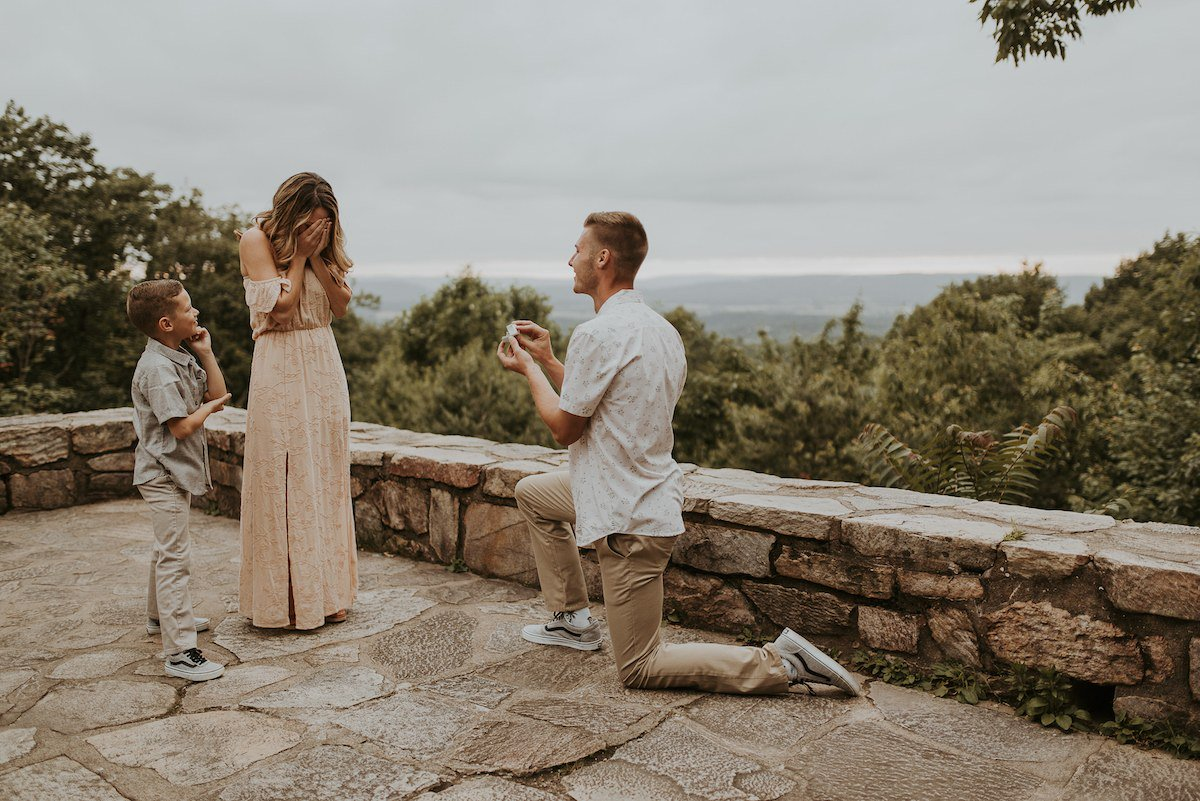 See How One Man Included His Fiancé's Son In His Proposal https://t.co/WzkrUOTLIk