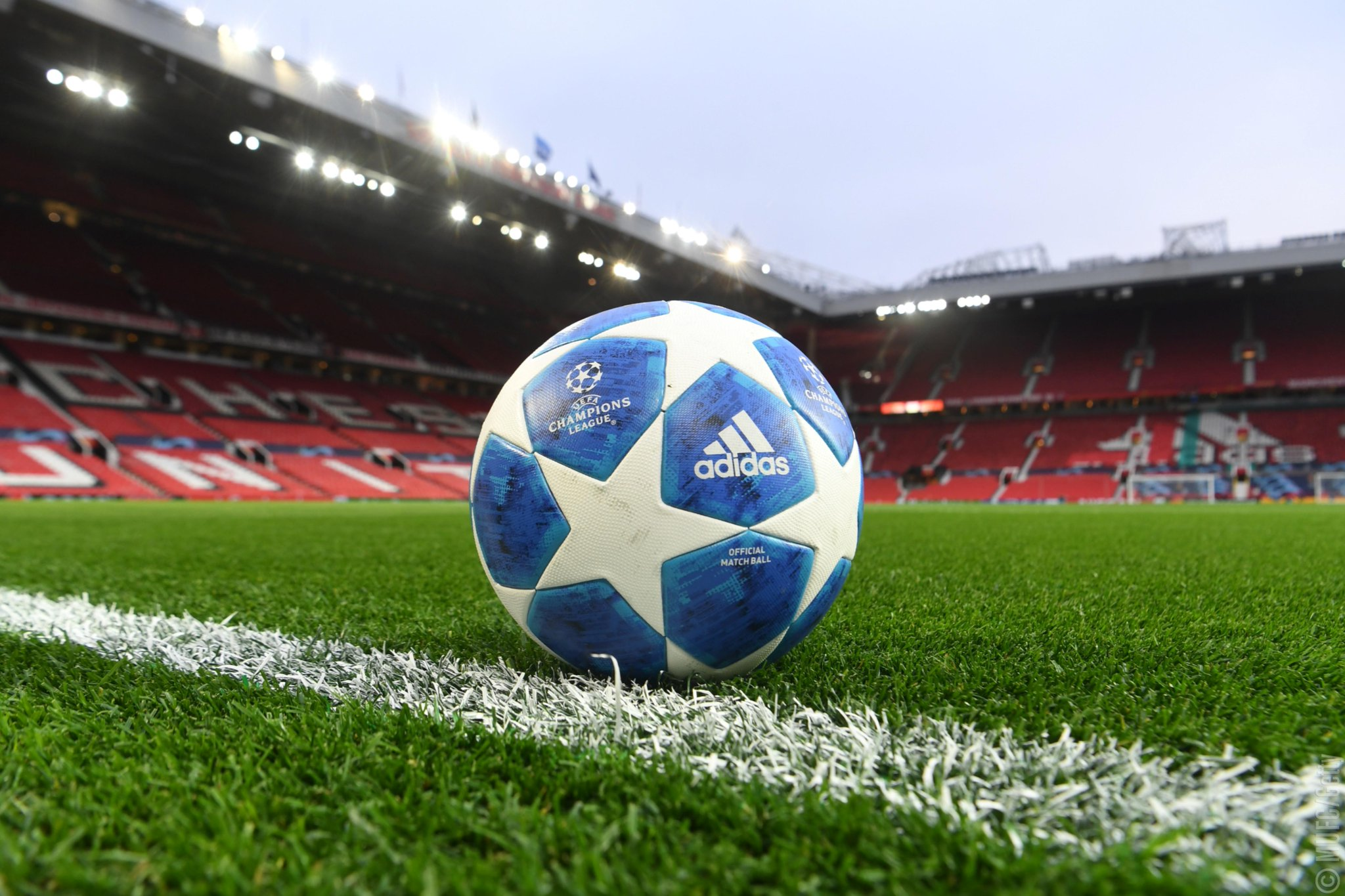 ��️ The stage is set! �� #UCL #MUFC https://t.co/Q5XtJ6ZzlD