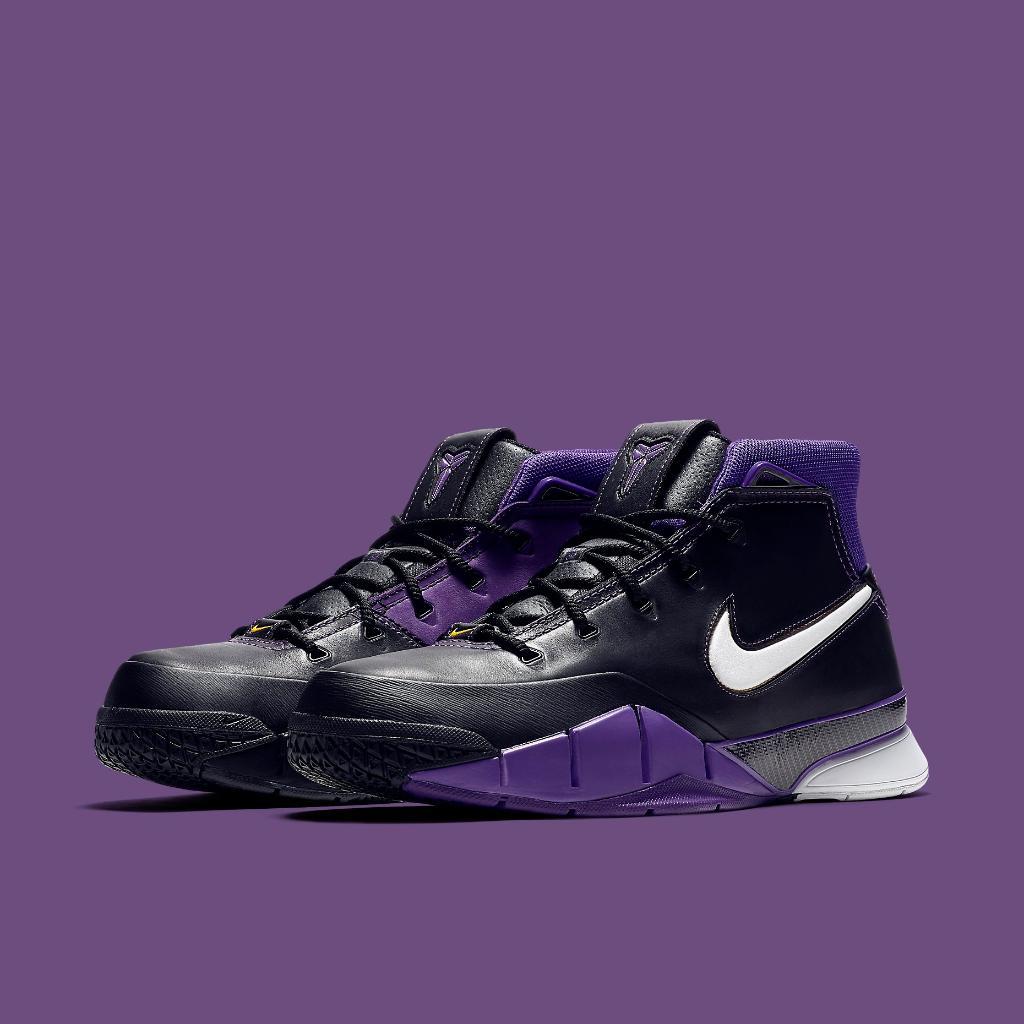 Black Mamba. #Nike Kobe 1 Protro