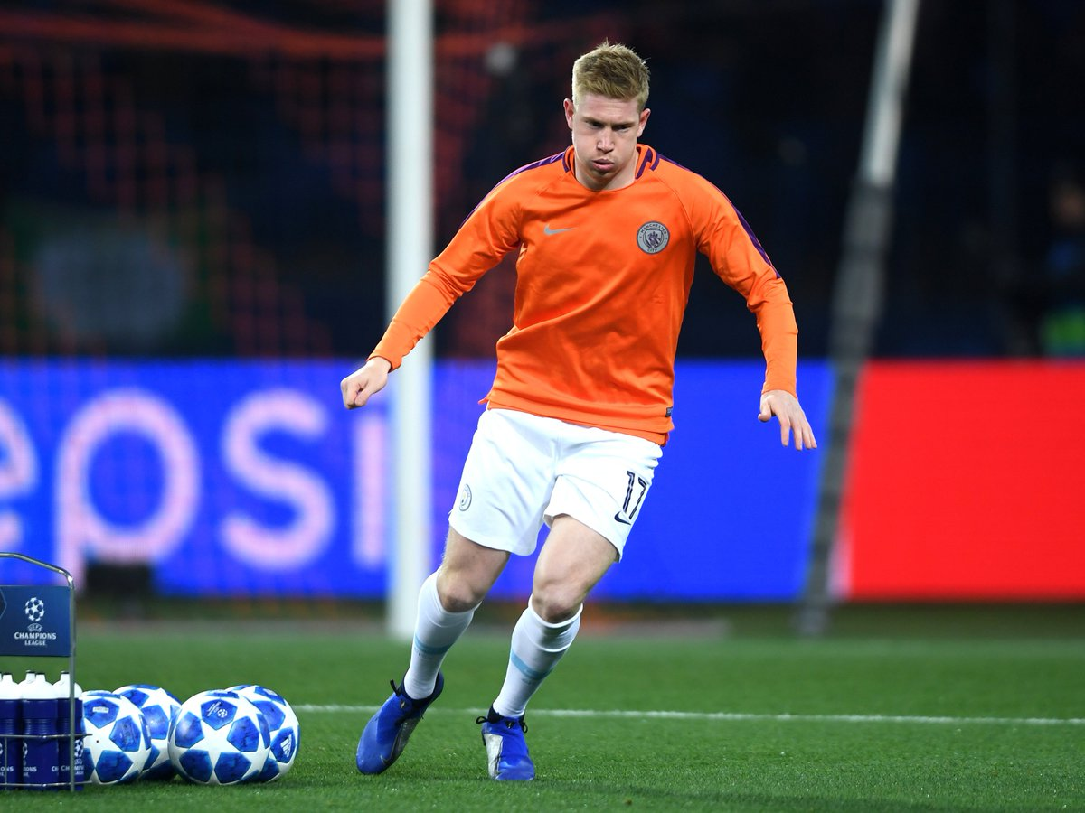 Kevin De Bruyne makes his first start of the season for Manchester City tonight  Follow their match against Shakhtar Donetsk live: https://t.co/6pbRap015b