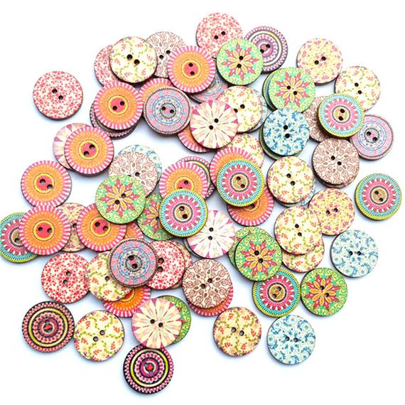 40 ASSORTED MIX HIPPO BUTTONS CARD CRAFT EMBELLISHMENT