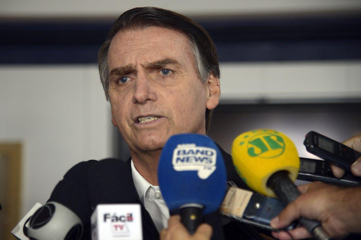 Bolsonaro aparece com 57% e Haddad com 43% dos votos válidos em nova pesquisa Ibope https://t.co/uWpWPAMA02