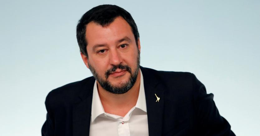 Manovra, Salvini: bocciatura Ue non cambia nulla, non arretriamo per aumento dello spread https://t.co/7crVRitUwA