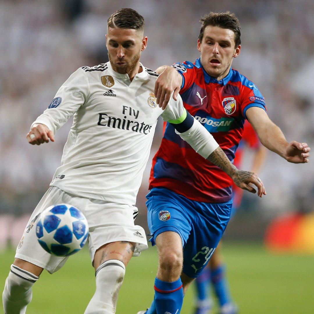 LIGUE DES CHAMPIONS UEFA 2018-2019//2020 - Page 5 DqOKlcPX0AAftR9