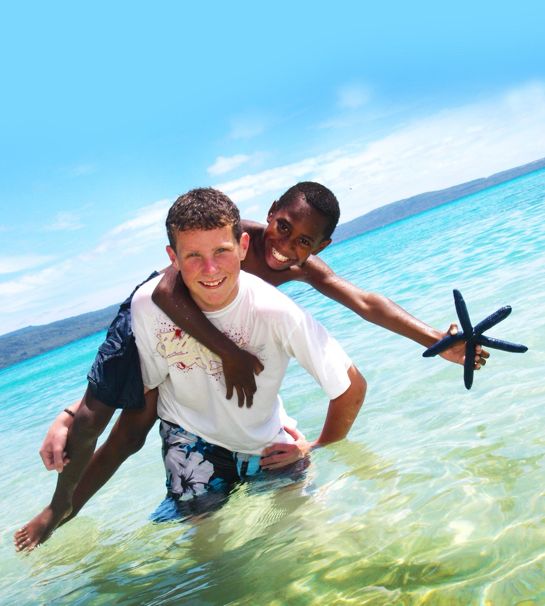 Islands, islands everywhere! But how to make the most of them? 🤔Here's how to get the best out of Vanuatu with a week-long getaway - https://t.co/WJ5pL6Yl6K #vanuatu #summersun #weekholiday #islandtime #letsvanuatu https://t.co/2olgXstROQ