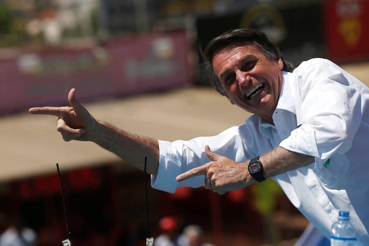 Presidenciável do PSL | Bolsonaro fala em fim de 'coitadismo de gay, de negro, de mulher e de nordestino' https://t.co/RvRlIXilnB
