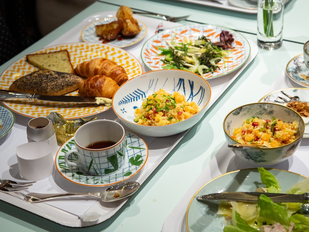 Hermès' new 'casual' tableware is full of showstoppers: https://t.co/WJ1CGVZJez