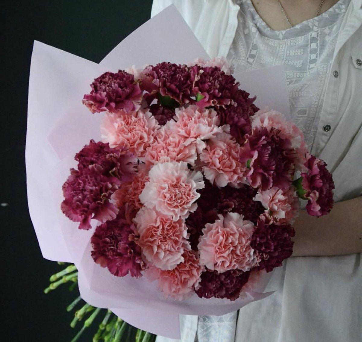 Корзин цветов, номера доставка цветов в оренбург диантус