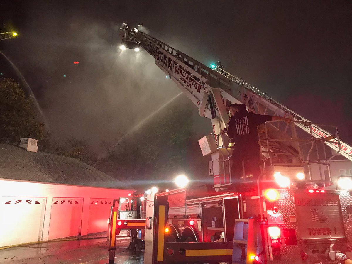 Burlington Fire Dept On Twitter Burlington Tower One Flowing Water Through Master Stream At Wakefields Multiple Alarm Fire