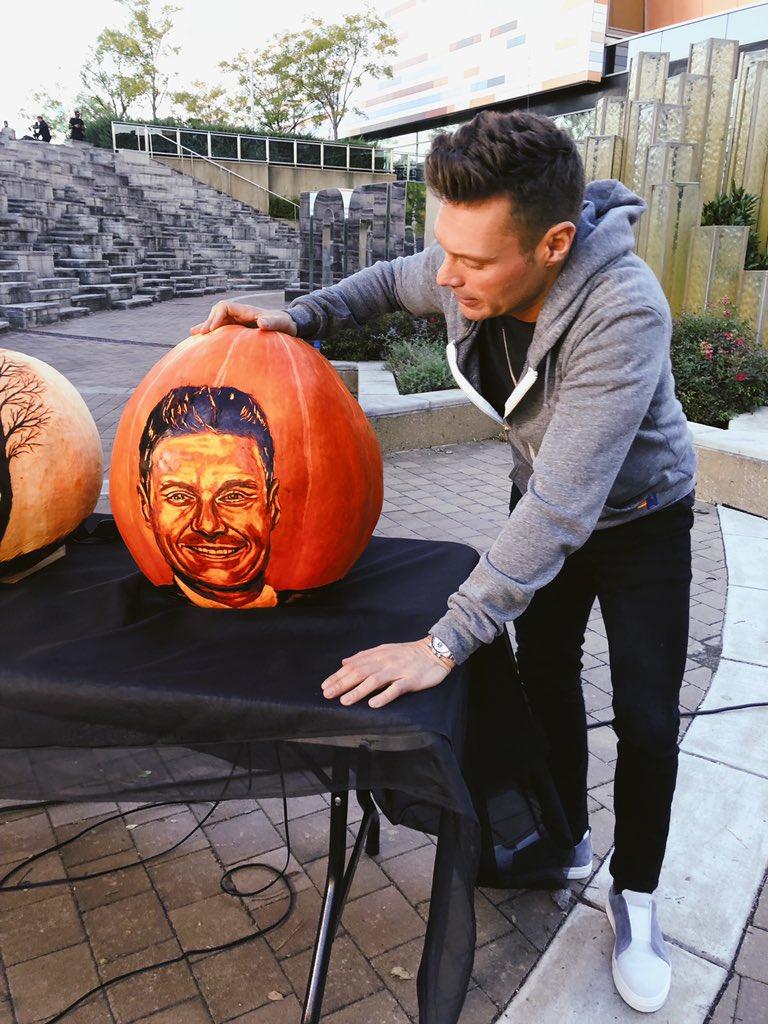 Ryan Seacrest On Twitter Oh My Gourd It S Me Thenextidol