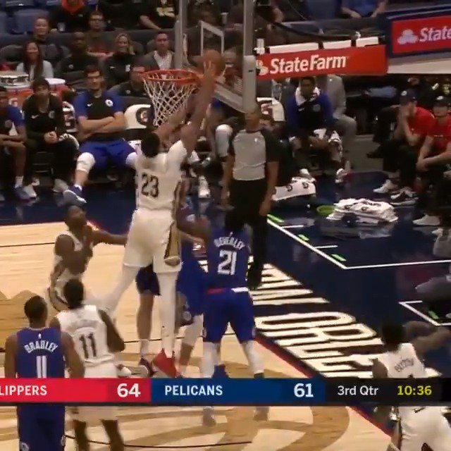 Anthony Davis patrols the paint, recording 34 PTS, 13 REB, 5 BLK in the @PelicansNBA win! #DoItBig #KiaTipOff18 https://t.co/Gk8KOLDc5O