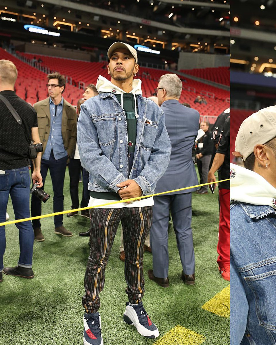 F1 driver #LewisHamilton pulled up to