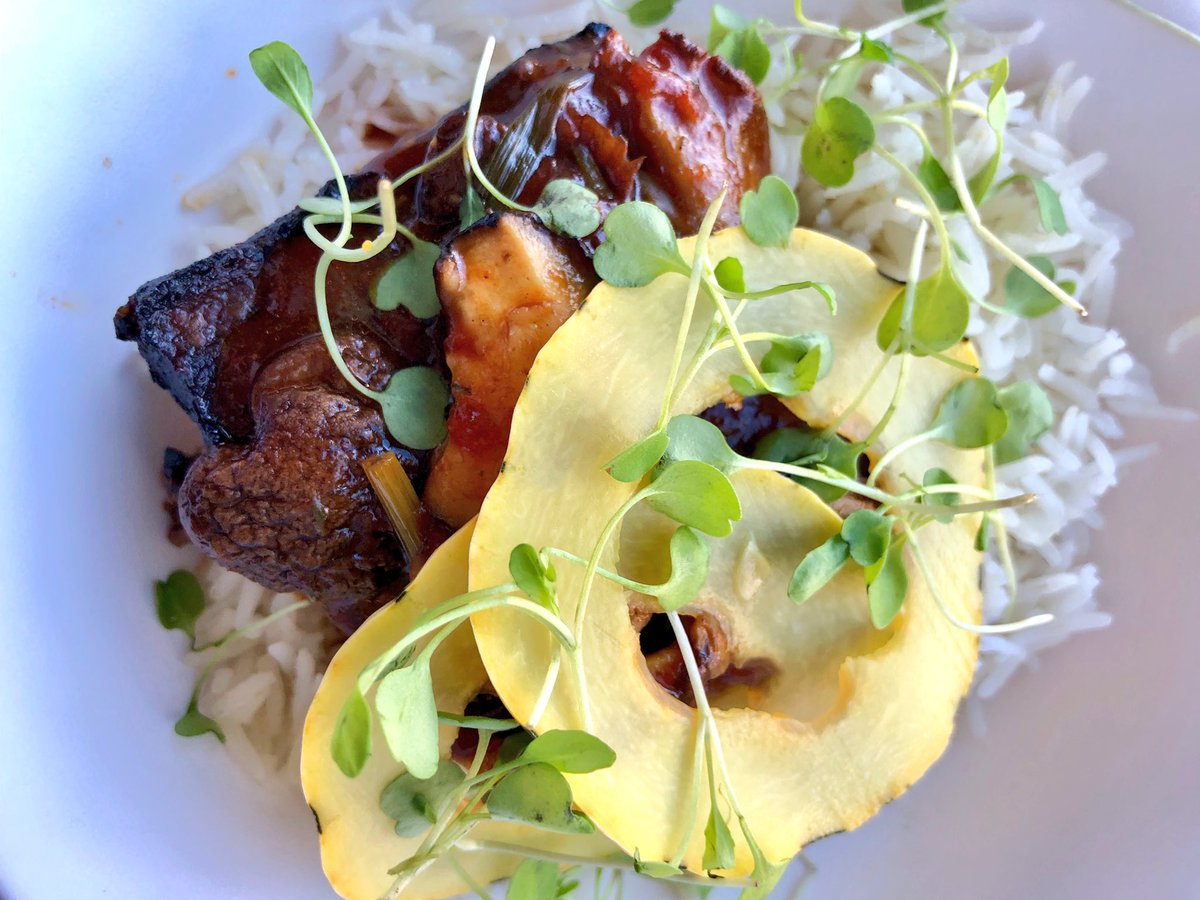 Balinese Beef over Rice with Shaved Squash #lunch #yum #goodeats https://t.co/z46OJwHcMx