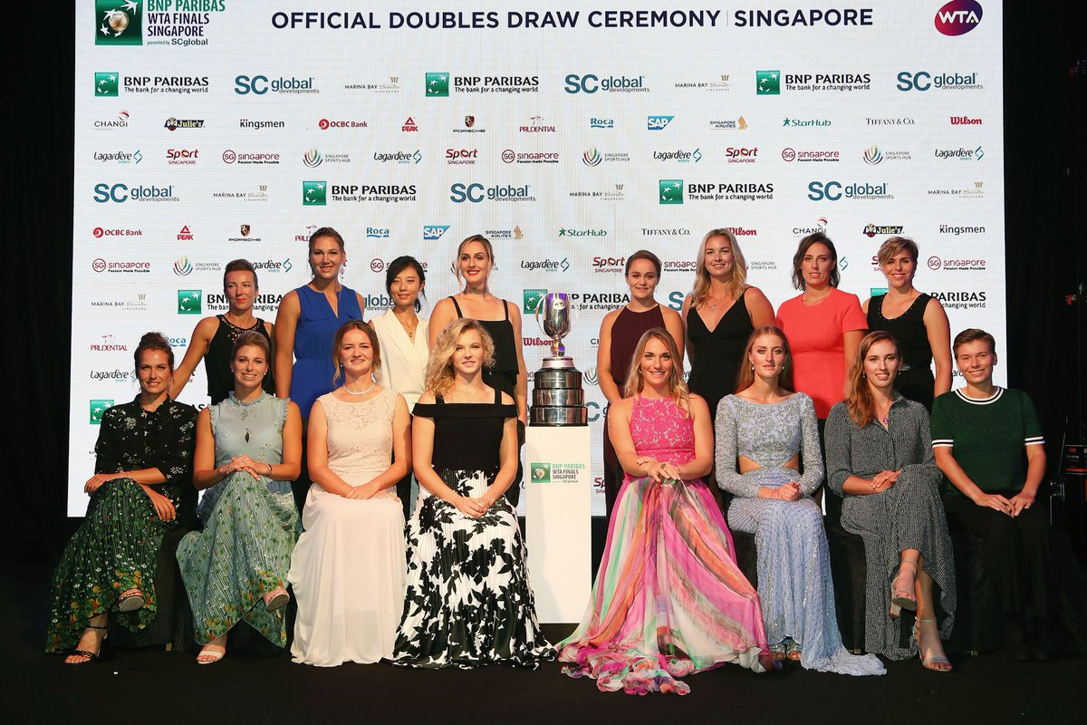 The doubles stars are ready to get underway in Singapore for the @WTAFinalsSG as well! #WTTFamily 🔥👀🎾👗