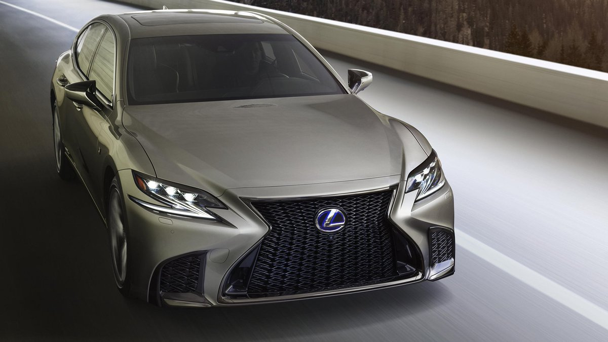 """Lexus Thousand Oaks on Twitter: """"Maintain that new car glow. Help keep your  Lexus running at peak performance with a Prepaid Maintenance Plan: ..."""