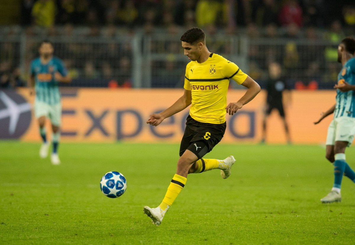 Borussia Dortmund - Page 2 DqTqjodXgAAiBp3