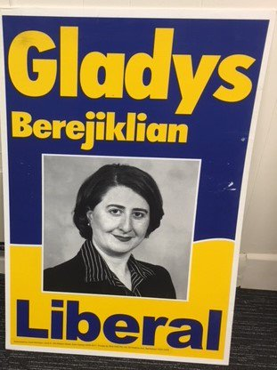 From the vaults: the first campaign poster of @GladysB. This Sunday @giantdwarf Premier Berejiklian is my guest on Photo Opp: Snapshots of a Public Life. Its a slide night for political junkies, created by me and another Premier @KKeneally. Tix at photoopp.it