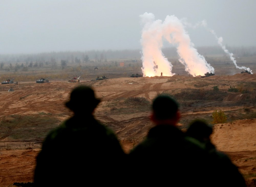 #NATO shows #Russia its military might in giant exercises https://t.co/PfIBKPj4qV #Norway #TridentJuncture18