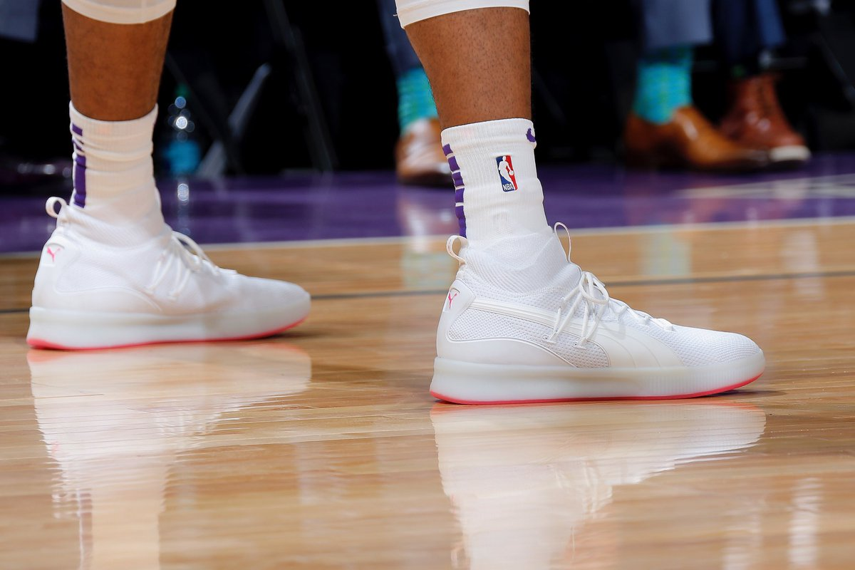 ddbc752429168 with a special colorway of the puma clyde court disrupt for breast cancer  awareness night rocky