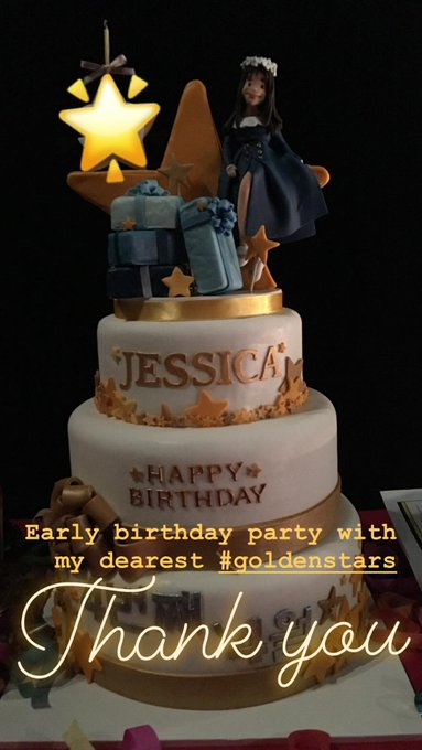 Hi  happy birthday Krystal jung                  Jessica jung