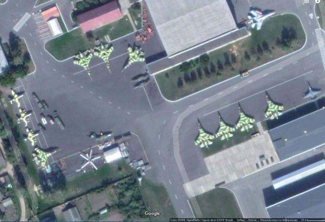 الدفعه الاولى من مقاتلات SU-30K في الطريق الى انغولا DqWM73iW4AAOiwa
