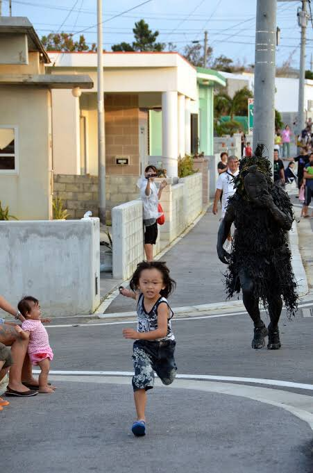 宮古島の島尻パーントゥが怖すぎるww大人でも怖くて逃げるわww