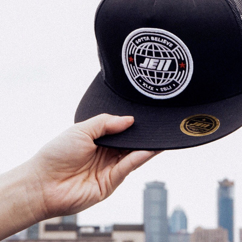 je11 hats