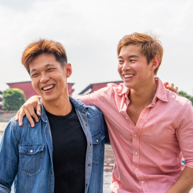 Ken and Davin are friends who met at a gym few years ago. Mobike provided them the mode of transport to shuttle between gyms, meals and for leisure rides. 🚴♂️  This is a series brought to you by the Mobike Team as we join our Mobikers for a ride at their favourite destination ☀️ https://t.co/bfbrzlZ0v7