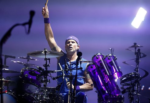 Happy birthday to the amazing drummer Chad Smith !