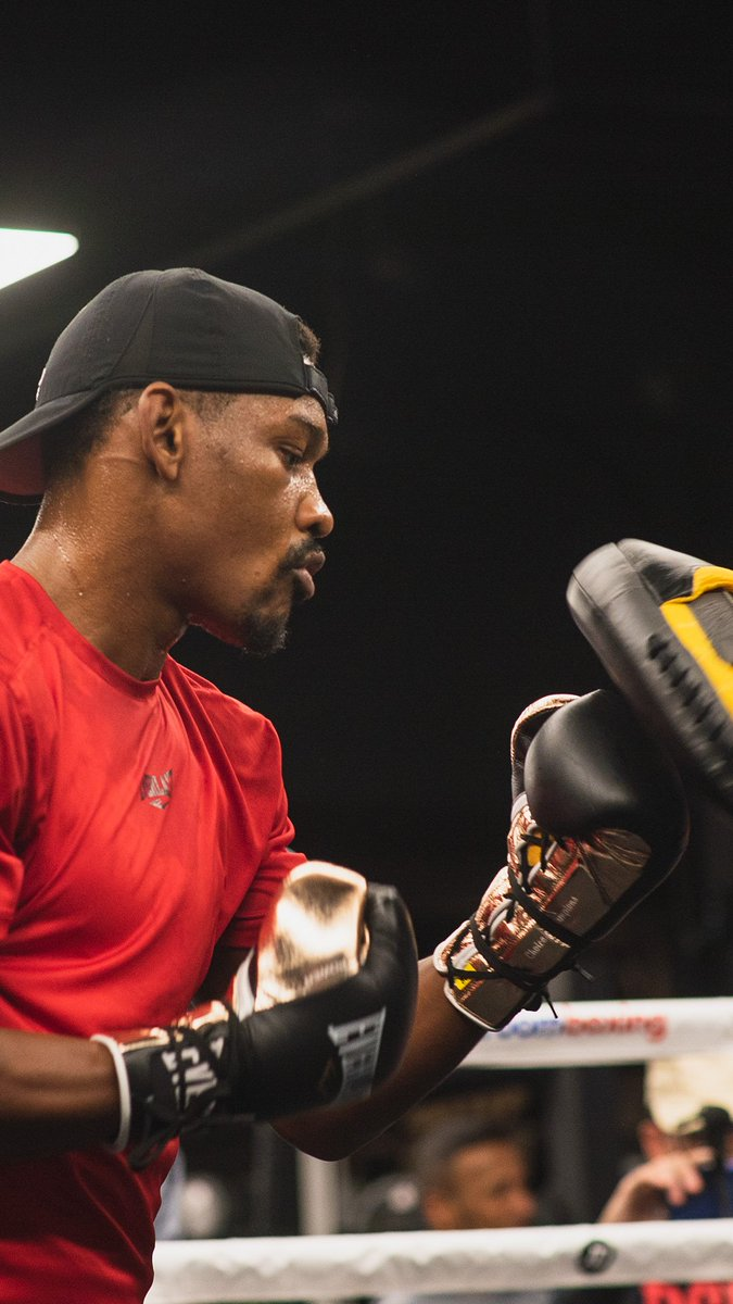 𝐅𝐢𝐫𝐬𝐭 𝐢𝐬 𝐟𝐨𝐜𝐮𝐬𝐞𝐝. Saturday night, @DanielJacobsTKO fights his teammate, Sergiy Derevyanchenko. How do you see the fight ending? #boxing #JacobsDerevyanchenko