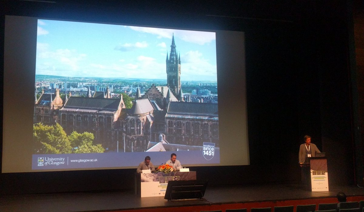 How we can engineer extracellular matrix and growth factors? Manuel Salmeron-Sanchez from university of Glasgow just shared some ideas how to do it!  @3bsuminho  #uminho #3Bs #Chem2Nature #fibronectin #celladhesion #biomaterials #bioinspiration #evadog https://t.co/inp8O09mvf
